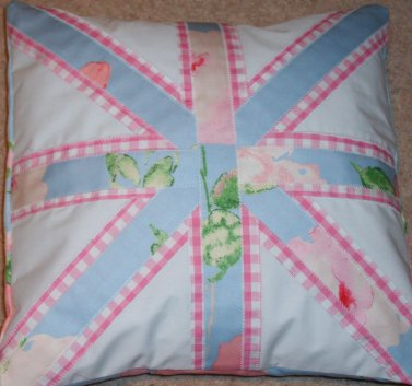 union_cushion_small