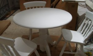 white_table1