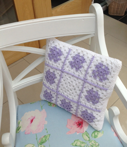 crochet_cushion