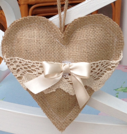 Hessian Hearts – Applelover53 – Blog